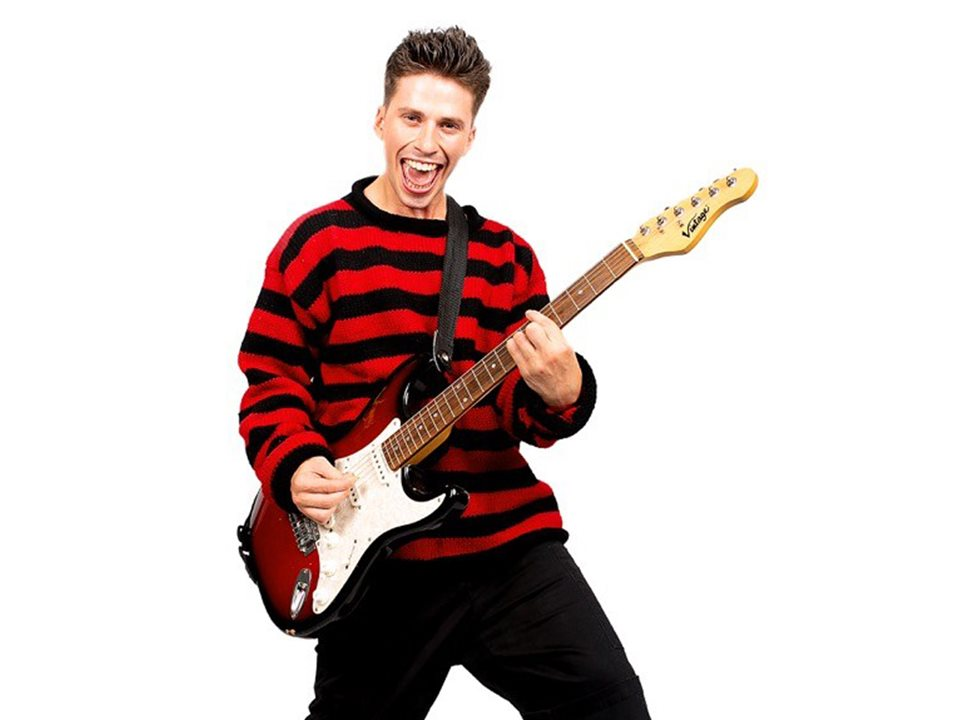Rory Maguire to star as Dennis in Dennis & Gnasher The Musical!