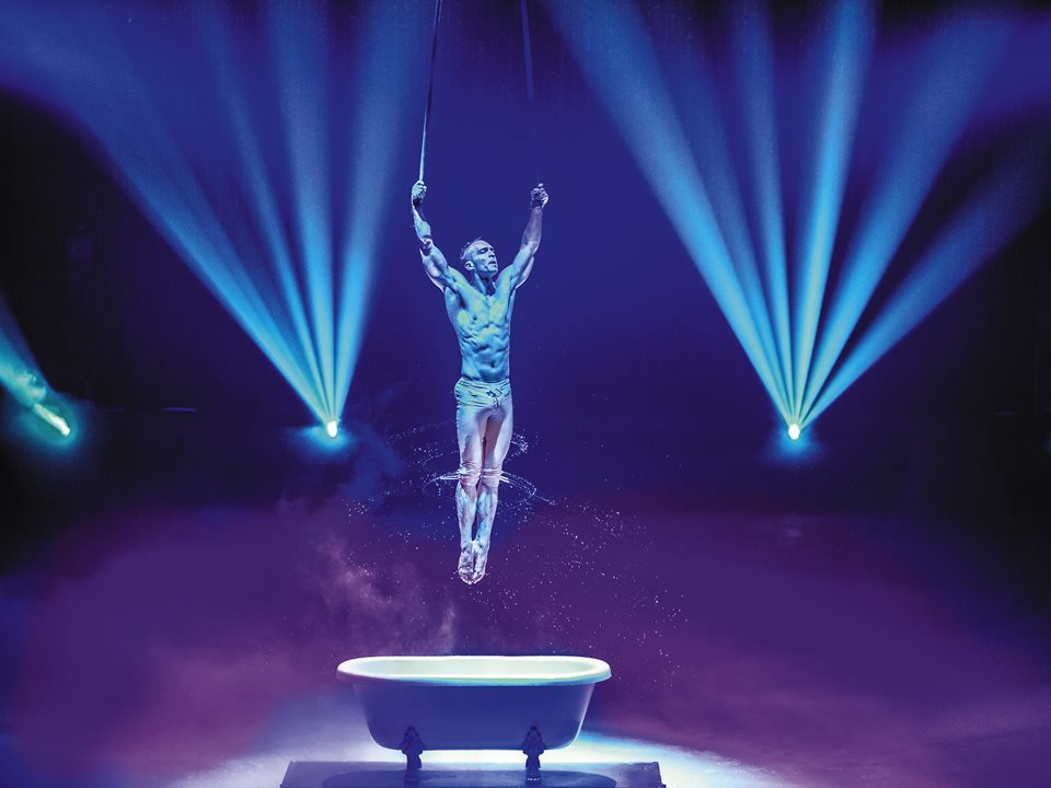 Review: Utopian - Hot Ice Show