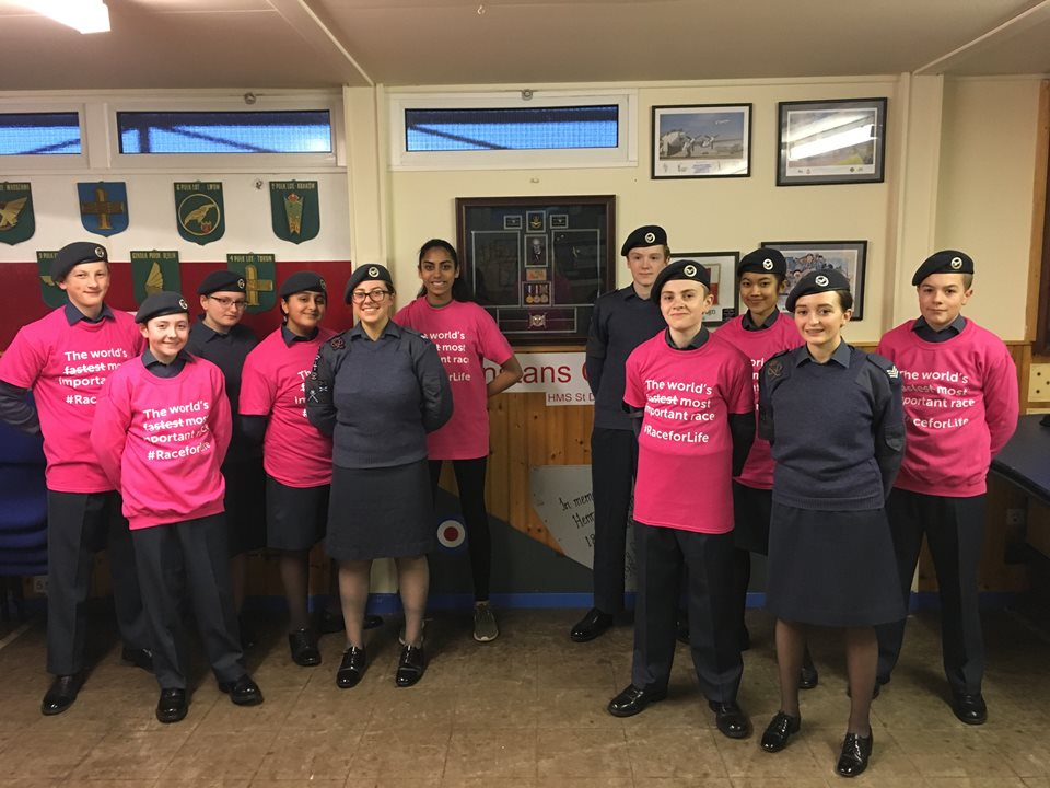 177 Squadron Feature on Race for Life Wall to Encourage Cancer Research Running Events