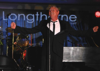 Joe Longthorne's Seal Of Approval For VIVA – new dates for the fans' favourite on sale